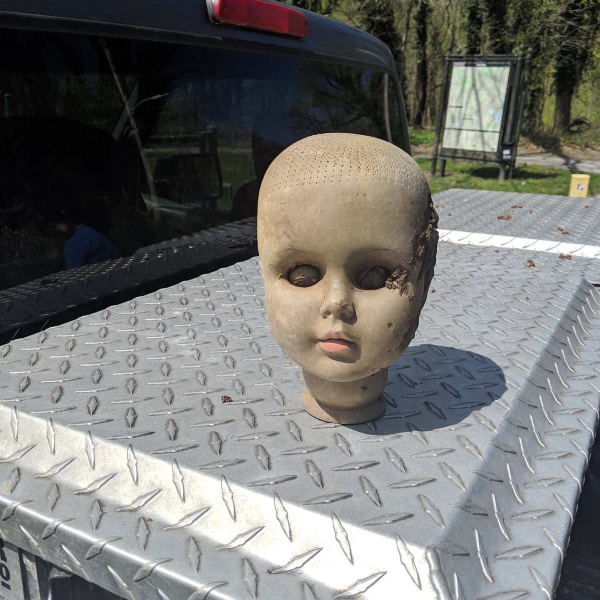 Found on my crew's latest #trashtag Baltimore clean-up today: not one but two empty cash-register drawers (hmm...) and this fantastic dollbaby head. Healthy Holly meet Filthy Dolly! h/t @fernshen