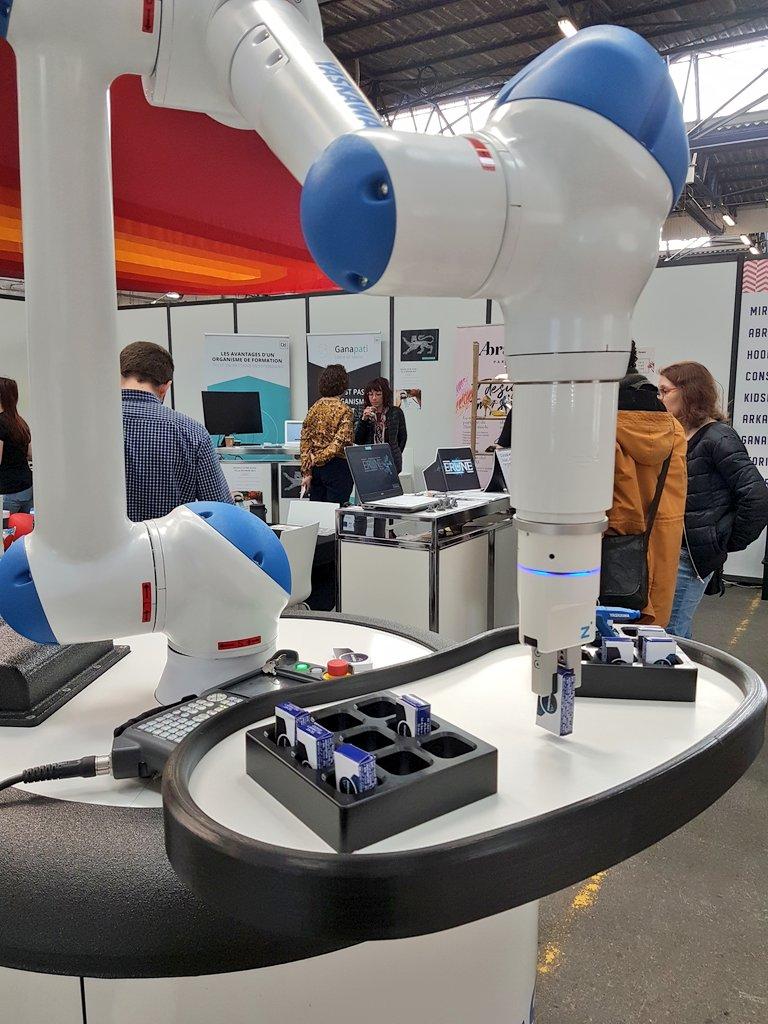#Roborative : la robotique collaborative pour développer des procédés de fabrications innovants. #startup #FenoNormandie #Caen #innovation https://t.co/PSXYGALCGK