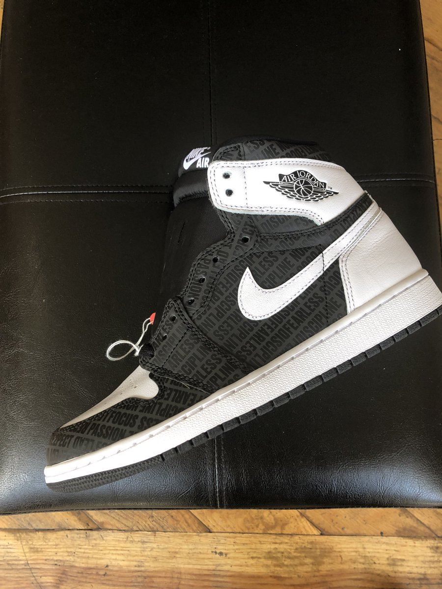 9616b453f0a7 Lucky Laced Sneaker Boutique ( LUCKYLACED)