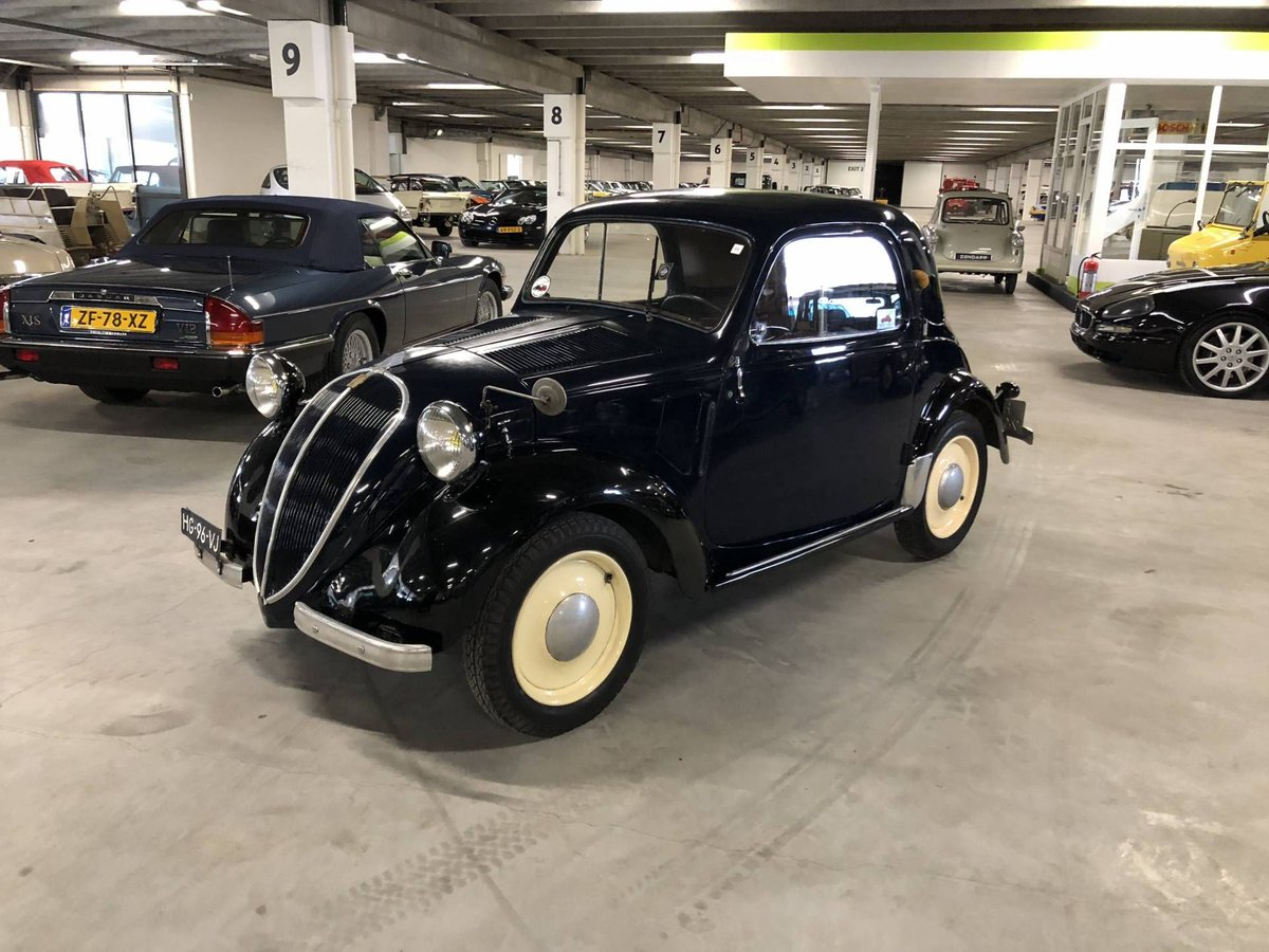 9a39fd5c14 Get details   footage of the originally 300 classics here or visit us at  the showroom! Infos at http   www.classic-trader.com trader 20175   classictrader ...