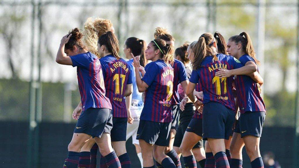Half Time  @FCBfemeni 1 -  0 @MalagaCFemenino . ⚽️ @mariona8co (24') . #FCBFemeni #LigaIberdrola #wearefootballers