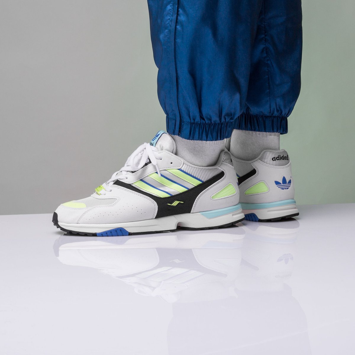 d1aca01034c NEW IN ! Adidas Zx 4000 - Crystal White/Sesoye/Core Black online now ...