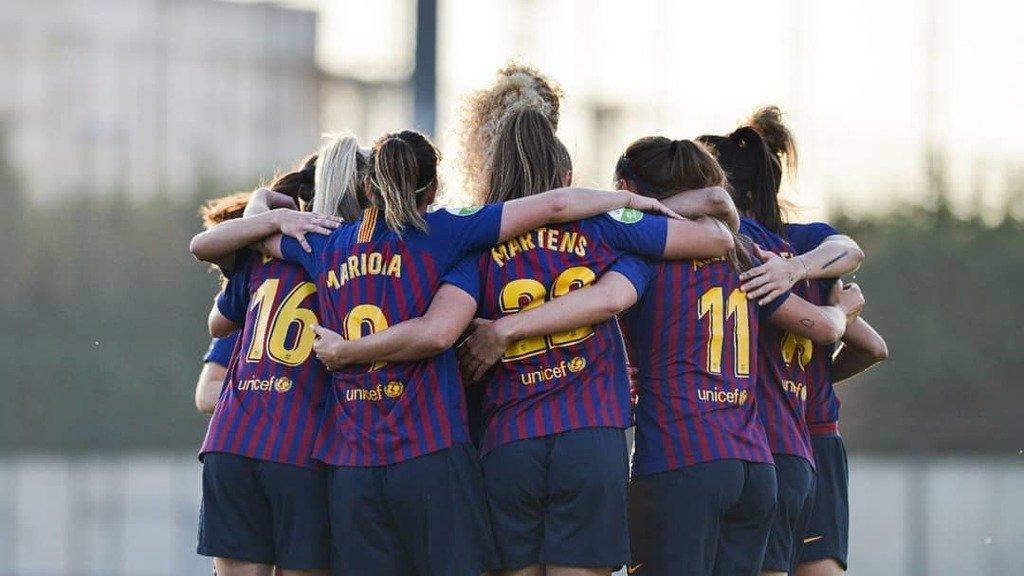 Full Time  @FCBfemeni 6 - 0 @MalagaCFemenino . ⚽️ @mariona8co (24') @alexiaps94 (53') @toniduggan (55') @marta_torre5 (73') @10andressaalves (74', 88') . #FCBFemeni #wearefootballers  #wecolorfootball #barcafemini #LigaIberdrola
