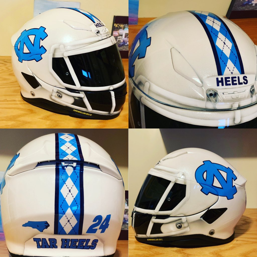 I'm gonna need a pair of those gloves ASAP! Can they be purchased? Would look dope on my motorcycle while rocking this... #CarolinaSZN #goheels