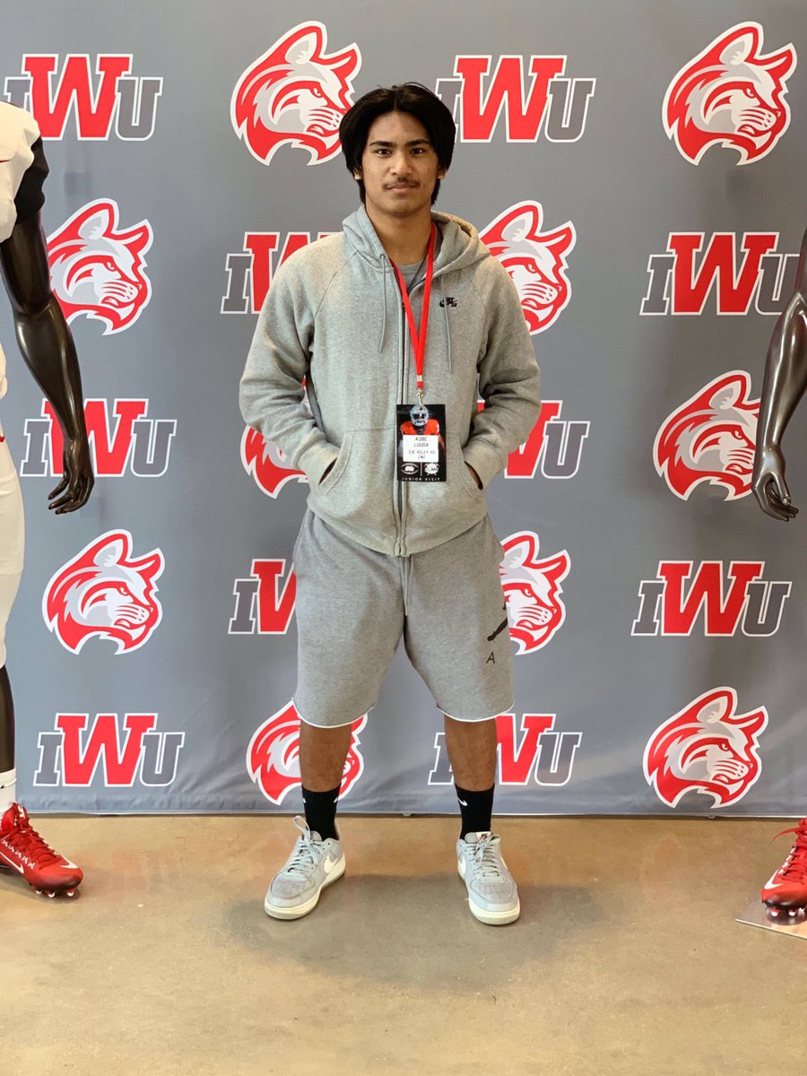 Really Enjoyed My Time Today At IWU 🏈. Loved The Positive Energy Throughout The Team🌟. Thankful For The Opportunity @CoachKyleBuresh  @IndWesleyan_FB