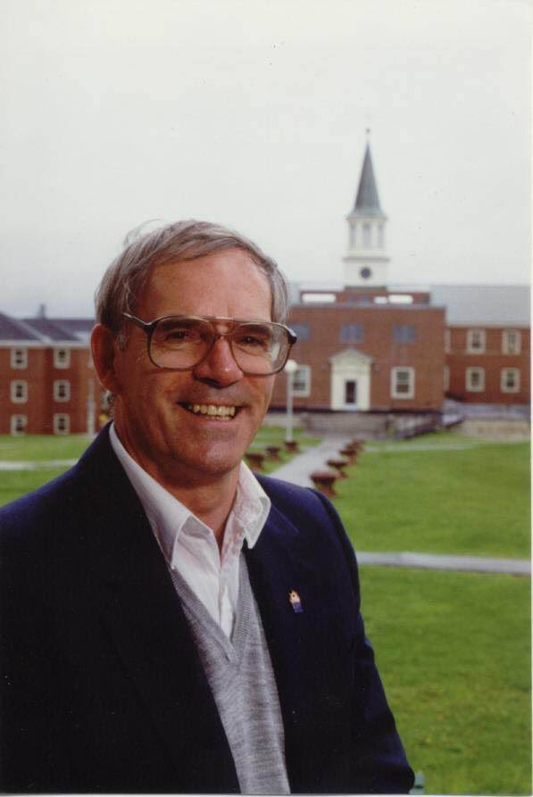 Unfortunately, LeRoy Washburn passed away leaving behind a great legacy in our Sports community including 30 years as Director of Athletics at St. Thomas.  Our sincerest condolences to the Washburn family for their loss.