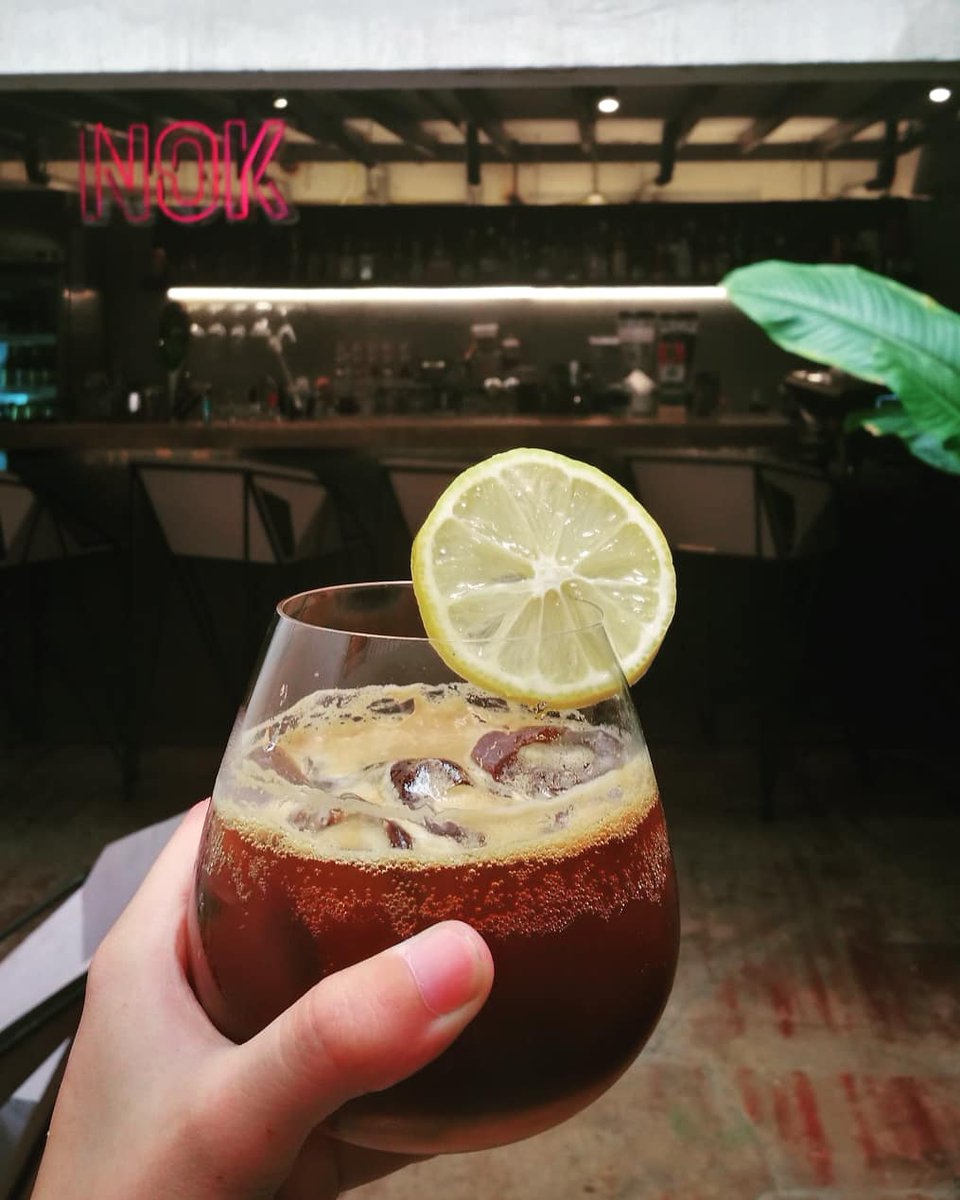 Summer breeze is combination of cold brew coffee and citrus flavor with soda. Enjoy the drink! #thunderbirdhostel #thunderbird #reviewchiangmai #chiangmai #thailand #coffeetime<br>http://pic.twitter.com/yIroJLsimX