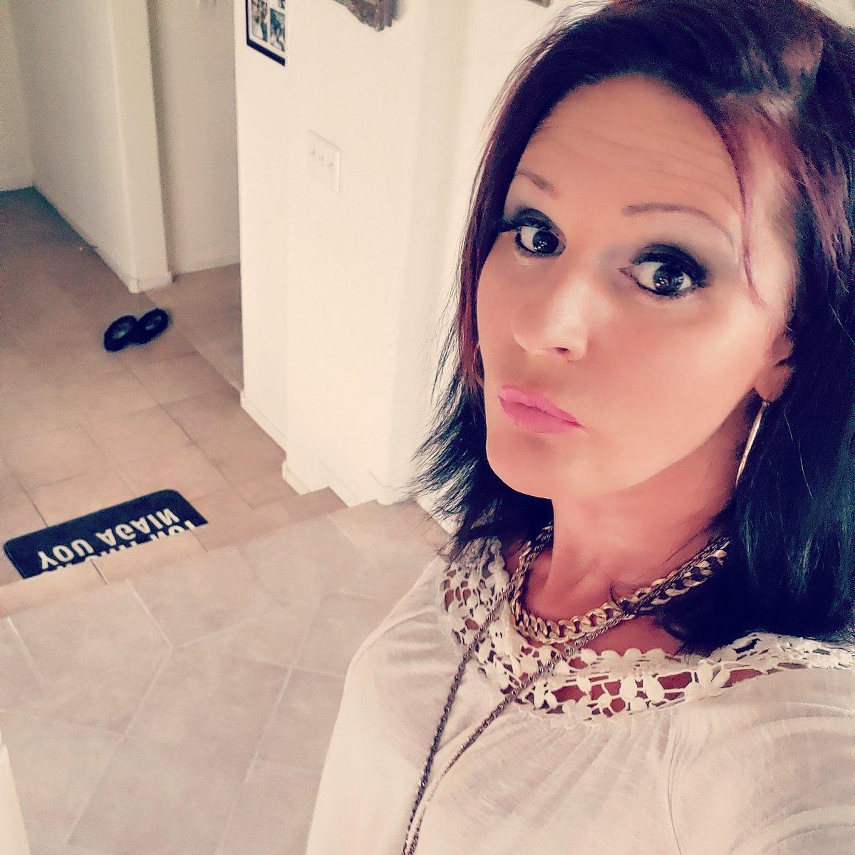 Lina Cavalli 1117299248171601922-0