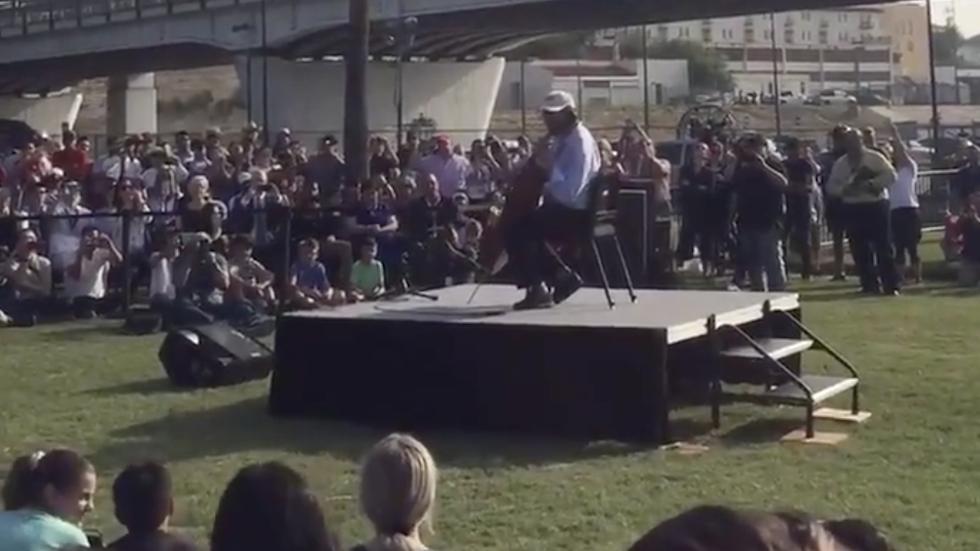 WATCH: Renowned cellist Yo-Yo Ma plays Bach along U.S.-Mexico border https://t.co/MgwBbK2zMl https://t.co/gCeyYxSPvC
