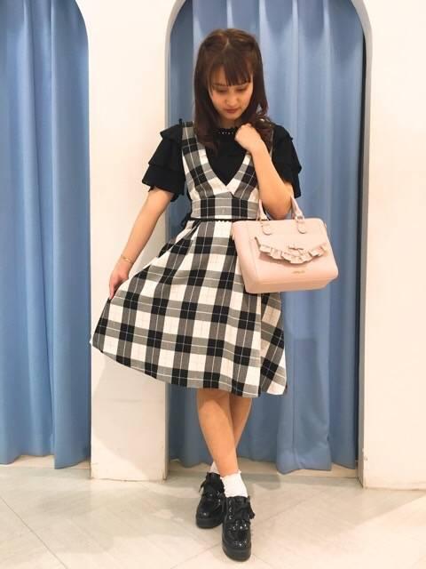 サス付きフレアスカート♡ http://snap.hana-bi.jp/front/detail/id/78851…