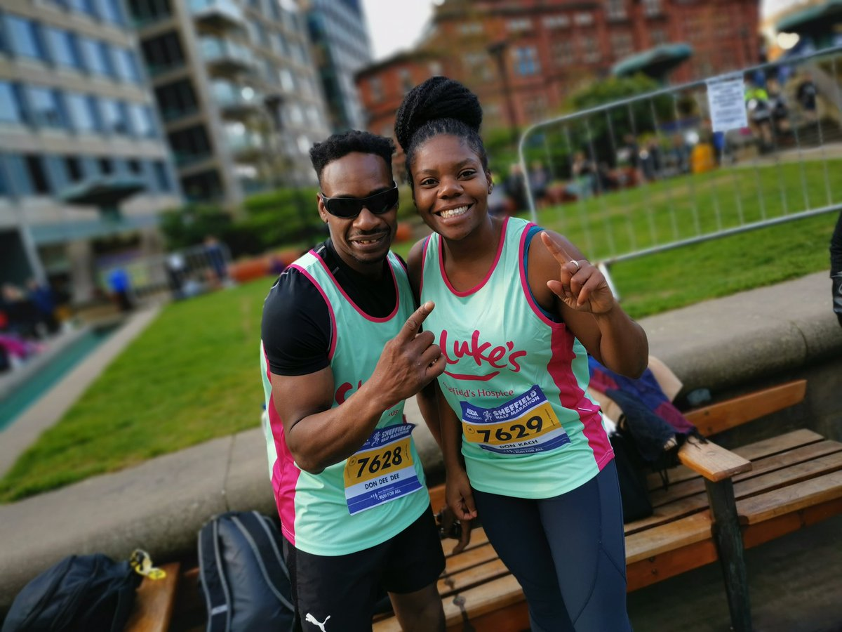 Well done to all the runner's in the #sheffieldhalfmarathon and thank you to the people of Sheffield and fellow Steel City Striders for the fantastic support. #SteelCityStriders #Sheffieldissuper