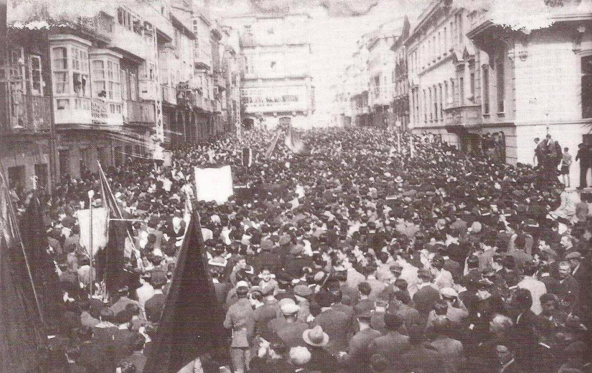 Man Castro's photo on II República