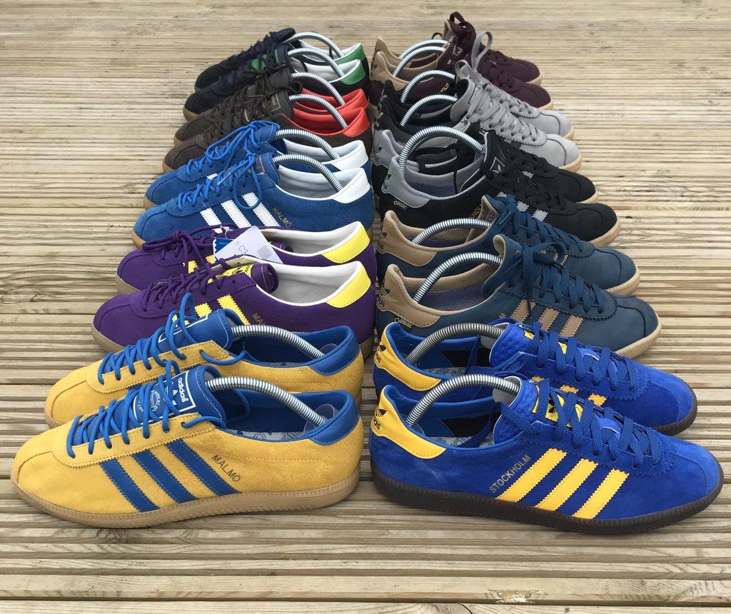 A Swedish collection    #ShareYourStripes  #Adidas  #AdiFam  @RetroSolesUK  @AdidasFetish  @vintage_adidas  @DeadstockUtopia  @My_Big_Name  @NewellsPrints  @man_savings <br>http://pic.twitter.com/EaTkYVklVR