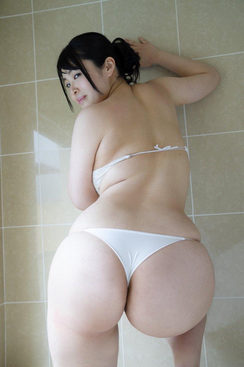 藤崎真帆の巨尻自撮り画像2