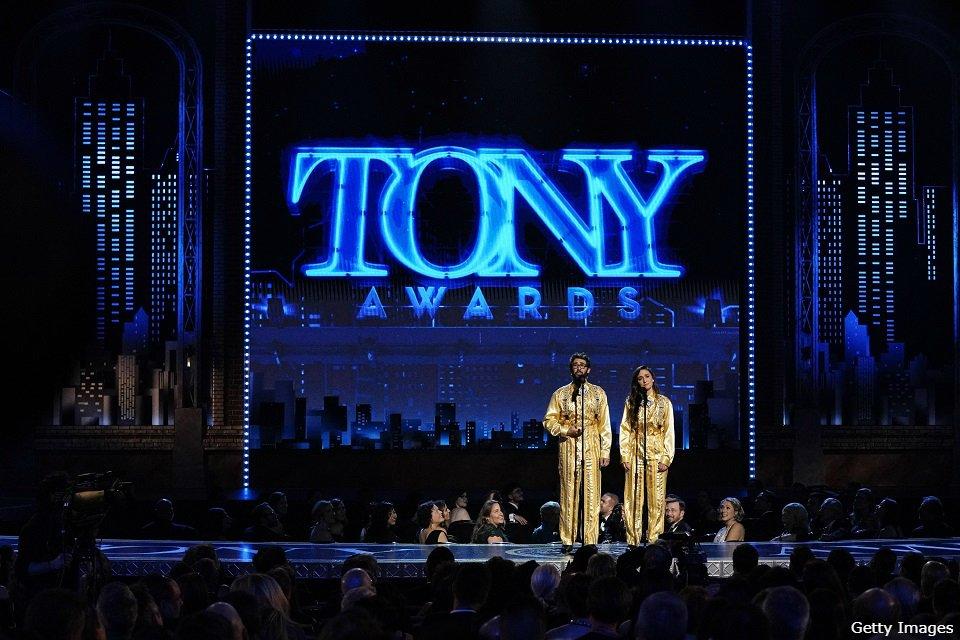 『トニー賞への招待 1』 第73回 トニー賞 授賞式の楽しみ方を紹介するミニ番組 ブロードウェイの魅