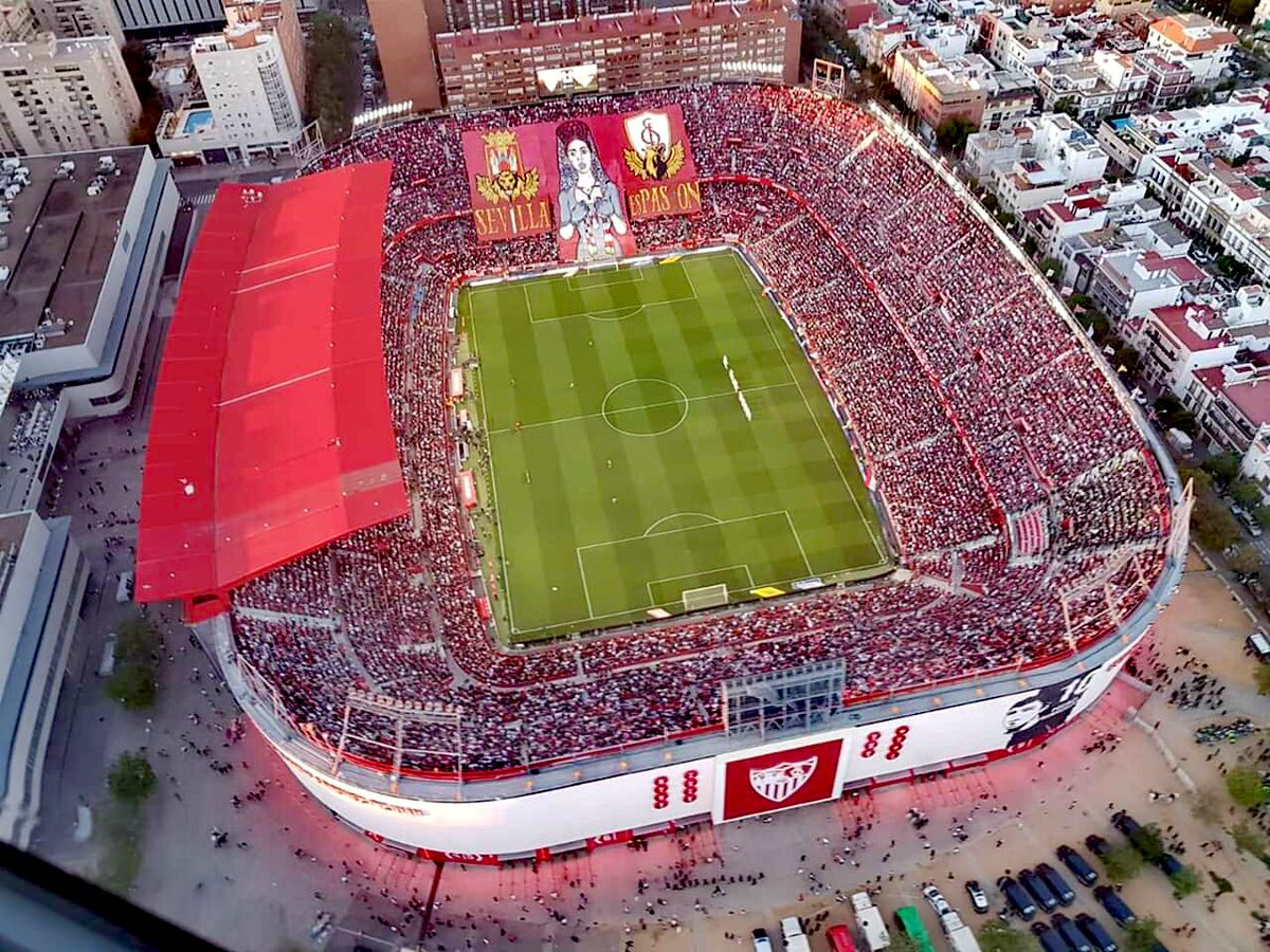 Foto cenital del Sánchez-Pizjuán en el derbi.