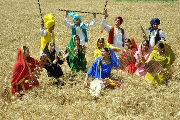 Happy Vaisakhi to all those celebrating today, including our @tdsb staff and students!  Vaisakhi is an ancient spring harvest festival that is celebrated in the region of Punjab for many centuries. Sikhs mark this event by making pilgrimages to holy sites. #SikhHeritageMonth