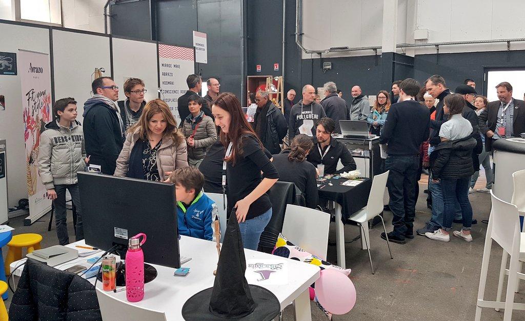 Les #startups de l'incubateur en plein boulot au #FenoNormandie ! #IA #Robot #Tango #Game #Innovation https://t.co/5n5ci57BMu