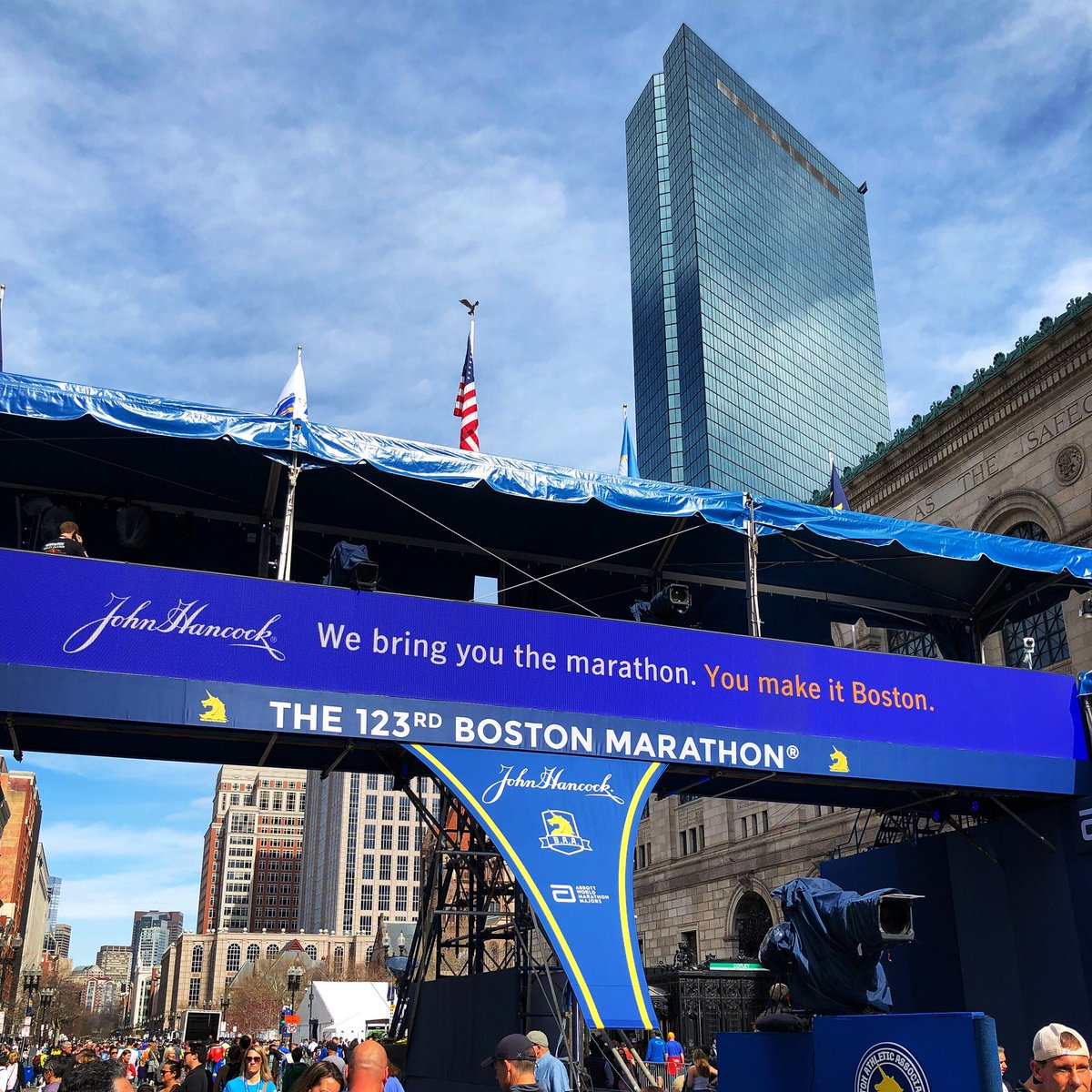 Less than 24 hours until the 123rd Boston Marathon! <br>http://pic.twitter.com/CXTmver2fK – à Copley Square