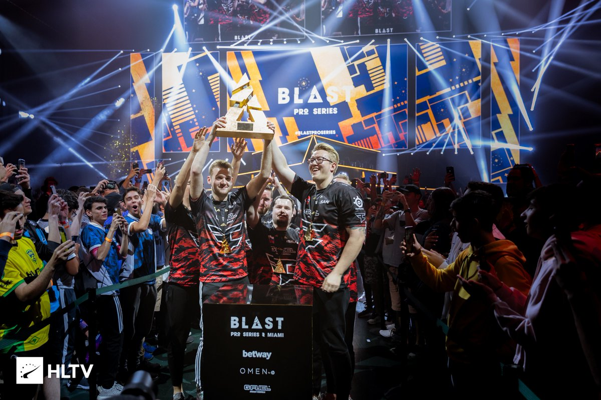 Scenes of glory 🏆  #FaZeUp