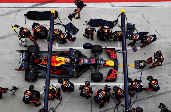 P6 + fastest lap today. 🇨🇳🇨🇳🇨🇳 Good points after a tricky weekend. Great strategy @redbullracing! We will keep pushing to find the spe