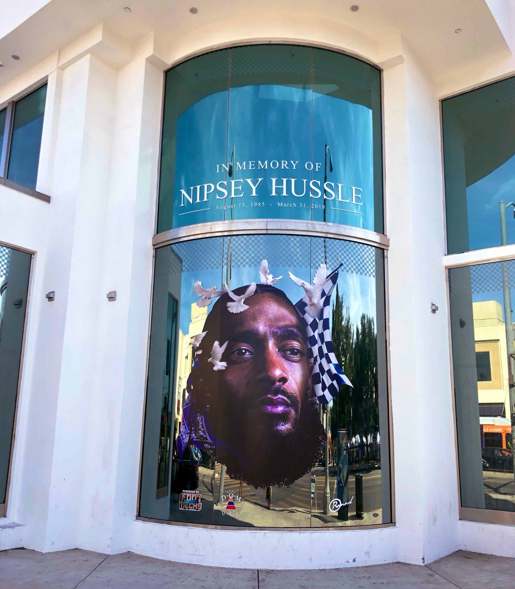 FairFax x Melrose Nipsey Hussle Tribute Live ���� https://t.co/OqXnamKUCk