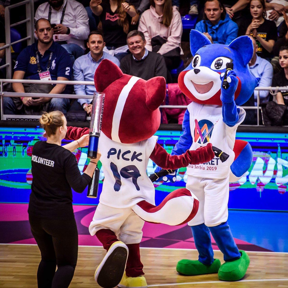 #EuroBasketWomen vibes at the @EuroLeagueWomen Final Four 🥰!