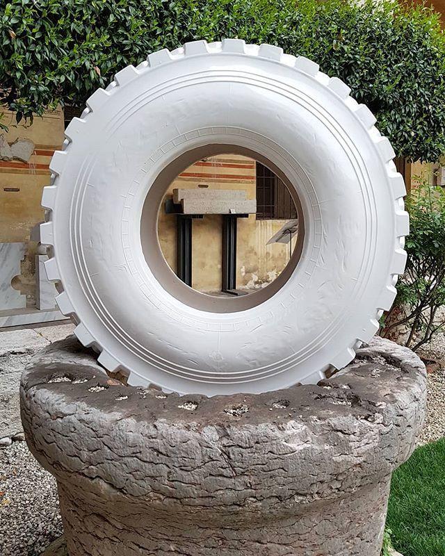 #PaoloPolloniato #OffRoad #sculpture @museibassano #BassanoDelGrappa #ceramic #tire #ContemporaryArt @paolopolloniato https://t.co/uXdYblX8LF