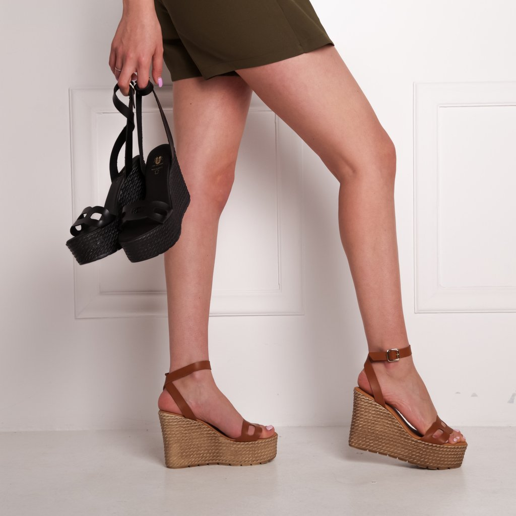New arrivals 😍 Διαθέσιμες και σε χαλκό!! Shop Now >> https://t.co/QmzpN8n3GZ 🚚 Δωρεάν Αποστολή & Αλλαγή  _______________________________  link https://t.co/4k1voVuW4a 49.99€  #heels #stylish #shopping #design #shoelover #styles  #girl  #shoeaddict #platforms  https://t.co/dYrYzrzoab