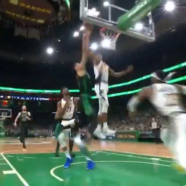 Myles Turner chases down the play! ��  #GoldDontQuit 45 #Celtics 45  #NBAPlayoffs on @NBAonTNT https://t.co/scHmvLoYgR