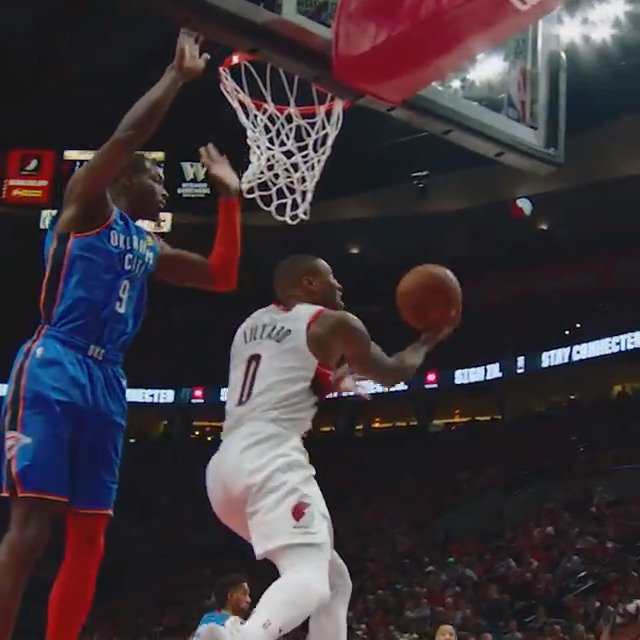 Dame goes up & under! #PhantomCam   #RipCity #NBAPlayoffs #NBAonABC https://t.co/7Nzjb5BUwD