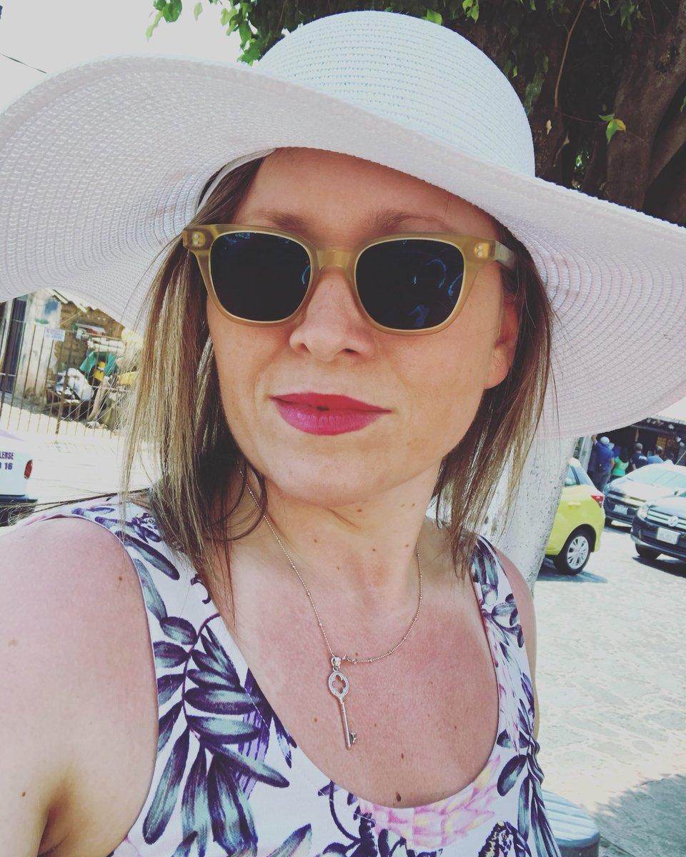 Justyna Osowska - Bitcoin Hodlnaut ₿'s photo on #SundayFunday