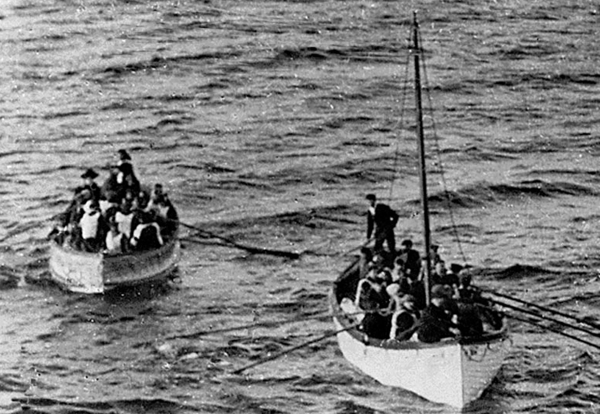 Survivors of Titanic disaster on lifeboats, tomorrow 1912: