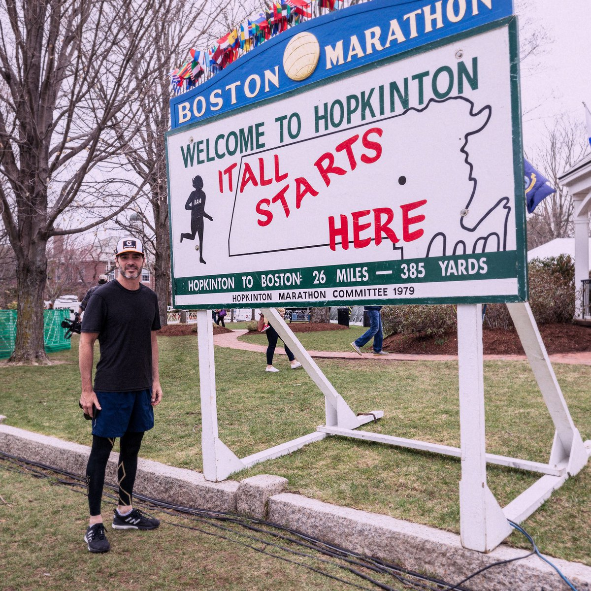Got to spend some time checking out the course today. The energy here is already awesome, I can't wait for tomorrow. #BostonMarathon #Boston2019 <br>http://pic.twitter.com/H8QI9M27Yb