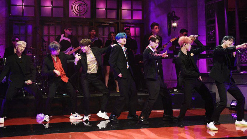 Take 5 minutes and watch BTS shut down SNL with #BoyWithLuv https://t.co/sKUqonhbZk https://t.co/wwHxdaVg0a