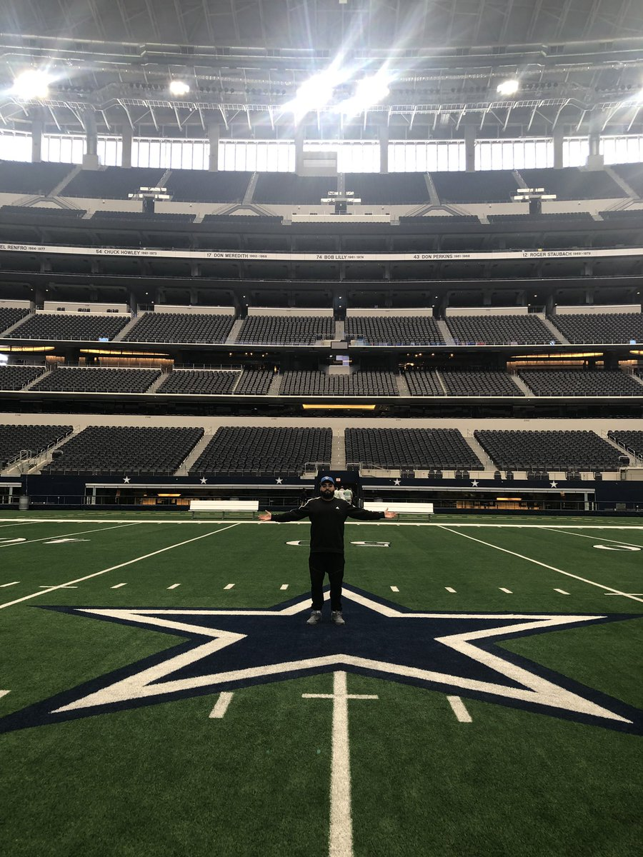 We in the house Jerry built. Kiss the star #CowboysNation #WeDemBoyz