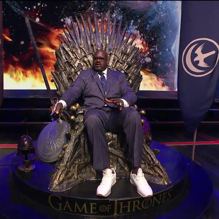 'Bend the knee, Chuck.' -Shaq (probably) ⚔️��  #GameofThrones https://t.co/ZePAbdkyDf