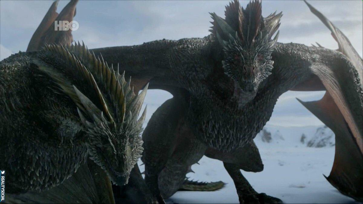 Dani y sus dragones voyeristas.  #GOT #Daenerys #JonSnow