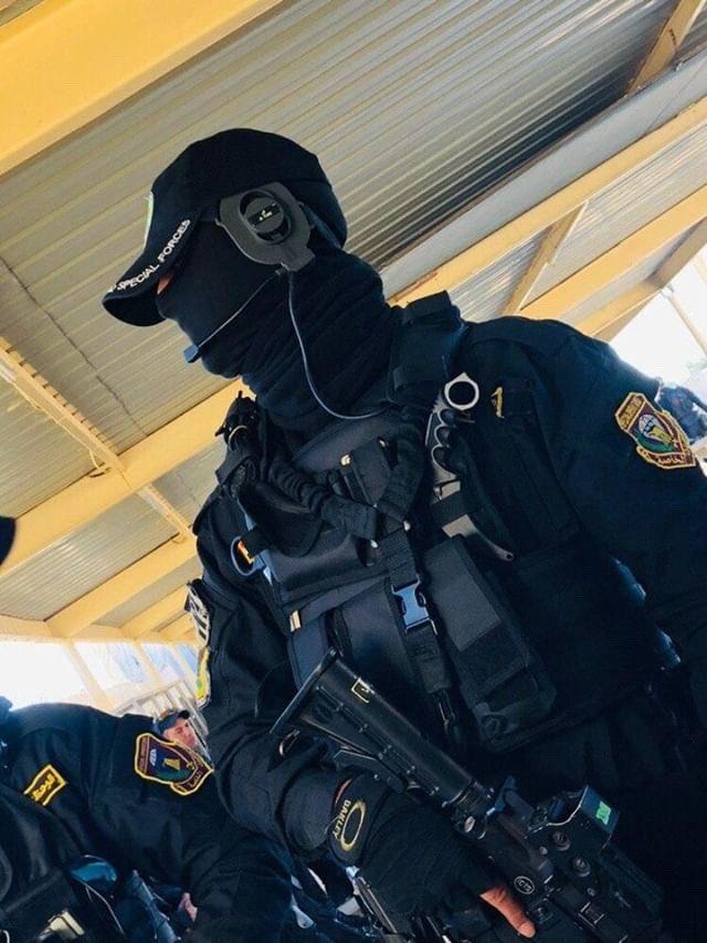 جهاز مكافحة الارهاب (CTS) و فرقة الرد السريع (ERB)...الفرقة الذهبية و الفرقة الحديدية - قوات النخبة - متجدد - صفحة 10 D4K64GNXoAAWnso