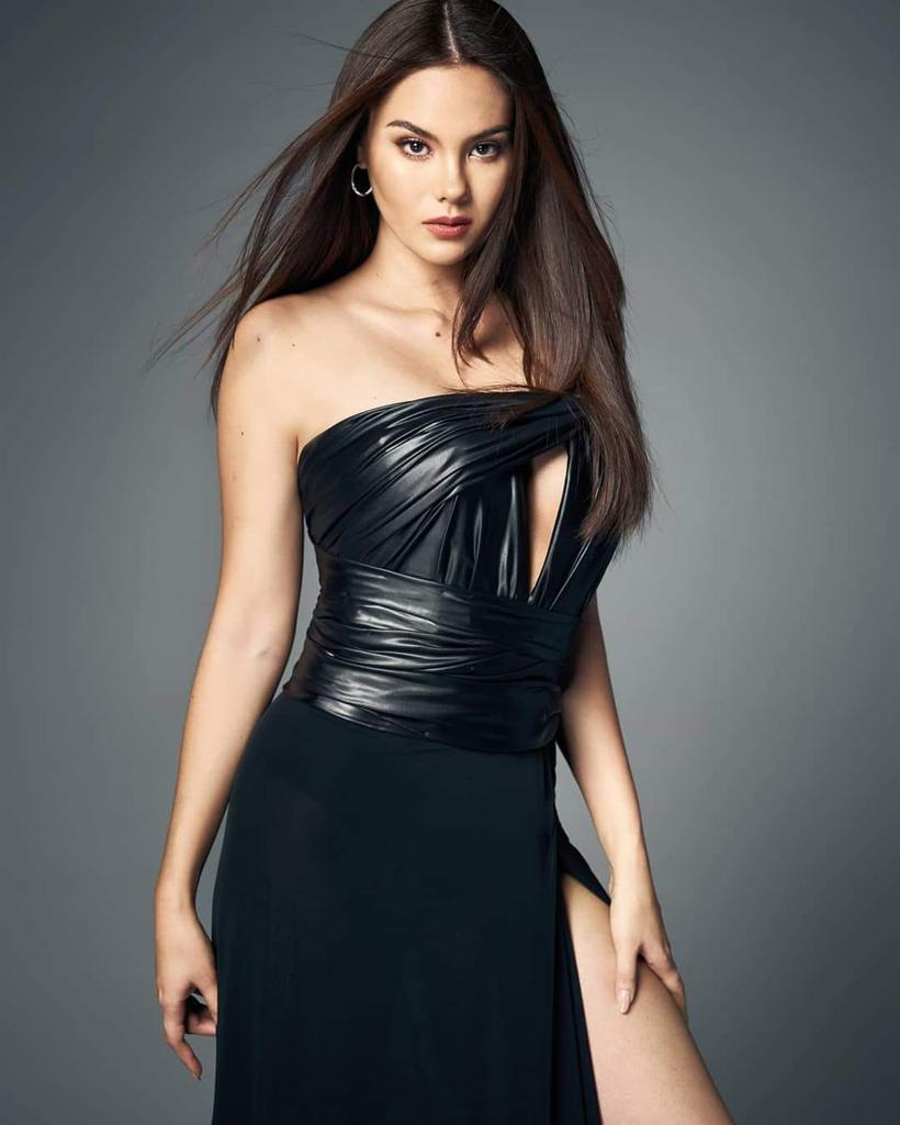 Stunning, as always!   #MissUniverse #CatrionaGray<br>http://pic.twitter.com/3dpI5xMYQb
