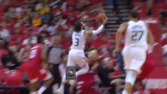 Ricky Rubio handles, scoops and scores!  #TakeNote 54 #RunAsOne 62  #NBAPlayoffs on @NBAonTNT https://t.co/bWNczOSQqE