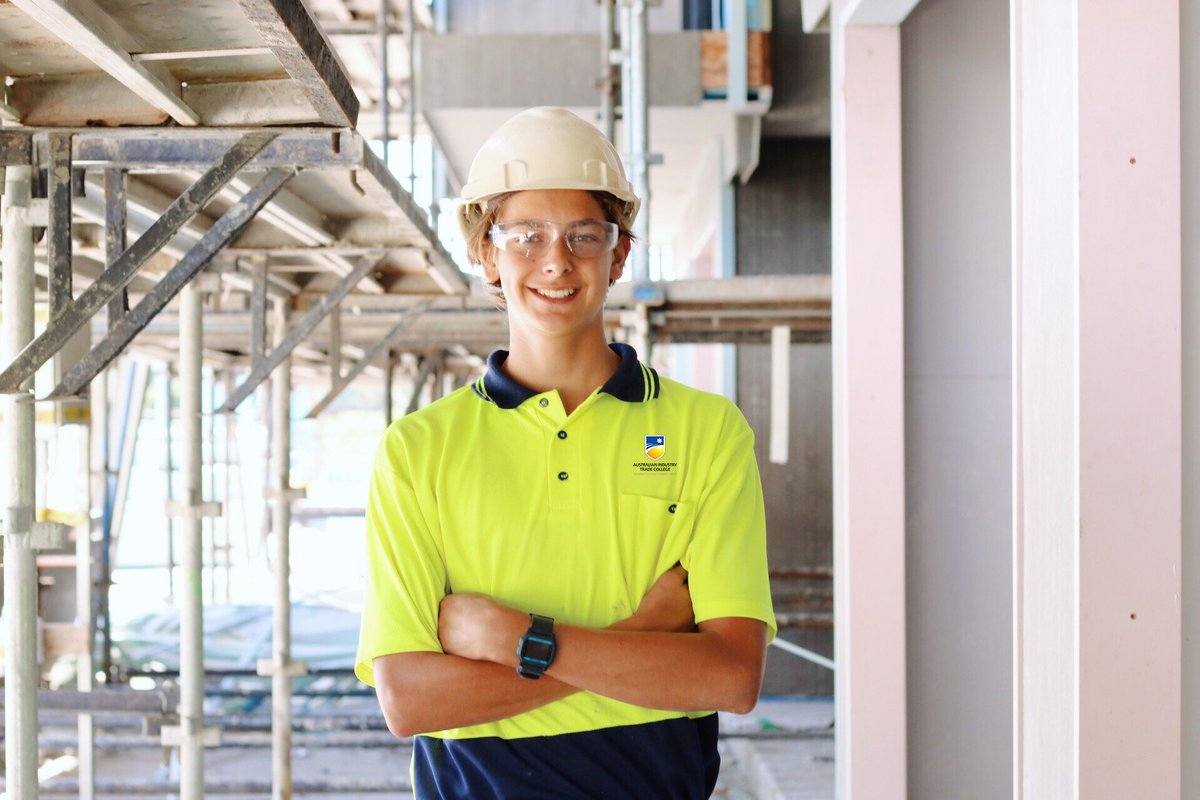 Apprenticeships adult queensland