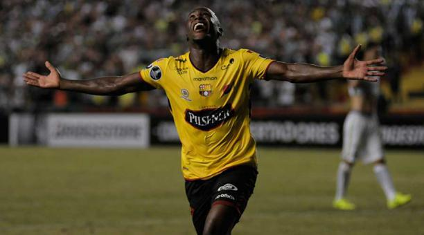#BSC G. Almada se llevaría a Marcos Caicedo para Santos Laguna http://ow.ly/cNmM30oqDPH