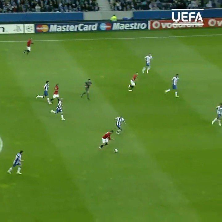 🚀 Cristiano Ronaldo scored one of the greatest goals in #UCL history #OTD in 2009! 🤯🤯🤯 https://t.co/LvfpnHSbLT