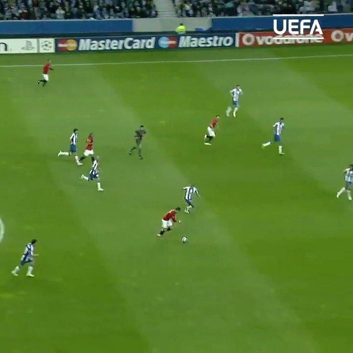 📅 #OTD in 2009, a Cristiano Ronaldo wonder strike! 😱😱😱  #UCL | @ManUtd