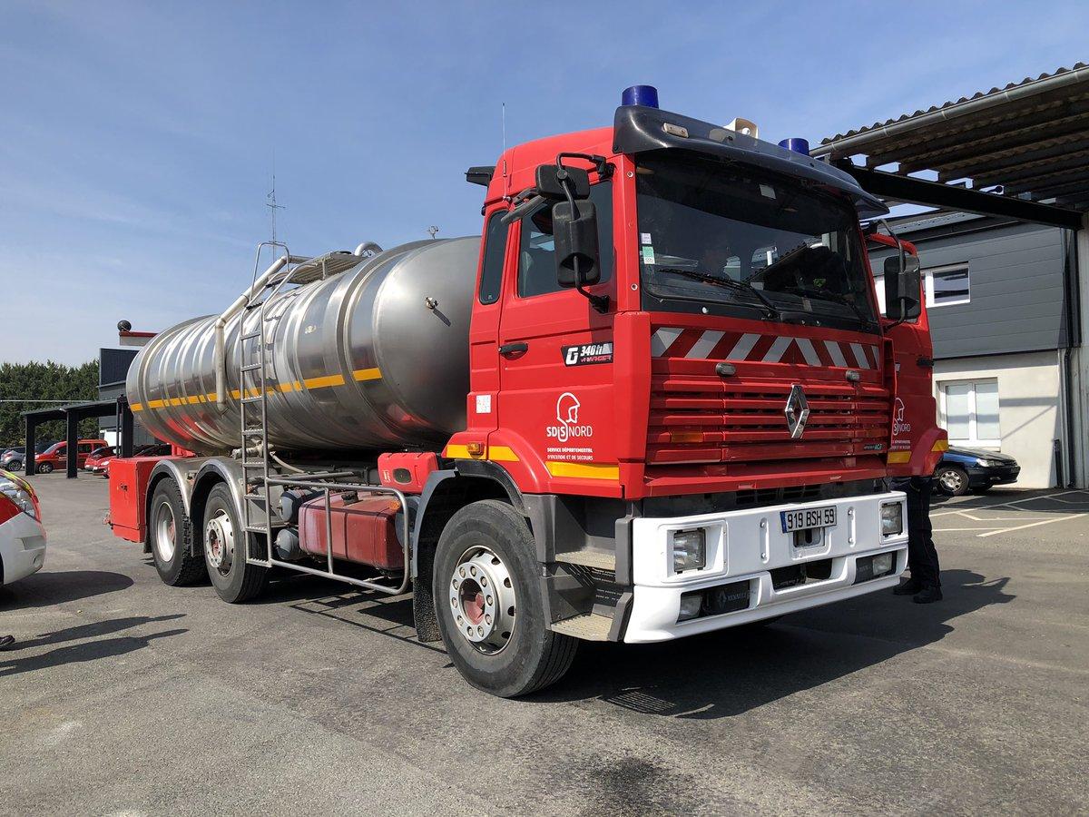 Nous remercions le @Sdis59 qui a livré ce matin le #CCGC (camion citerne de grande capacité) qui peut contenir jusqu'à 15 000 litres. Il sera prochainement au CSP de #Valençay en remplacement d'un engin équivalent 🚨🚒