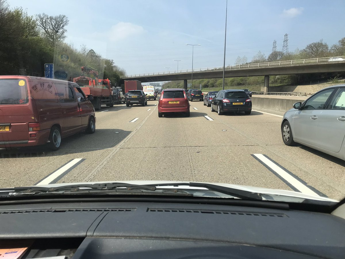 isnt it wonderful being stuck on the m25 on a monday morning1/ half hours to go 2 milesone hour delay wtf <br>http://pic.twitter.com/lp5bNSPWAC
