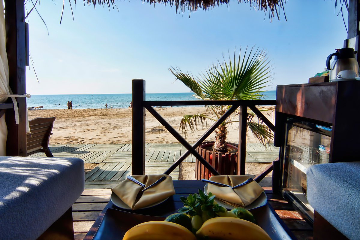 #guenaydin @LIMAKARCADIA Come and be sultan for a day  #HappyMonday #MondayMorning #MondayMotivation #pazartesi #iyihaftalar <br>http://pic.twitter.com/G63dPsXVeS