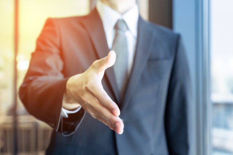 年収アップを狙うなら転職も選択肢の1つ?転職先の選び方のポイント