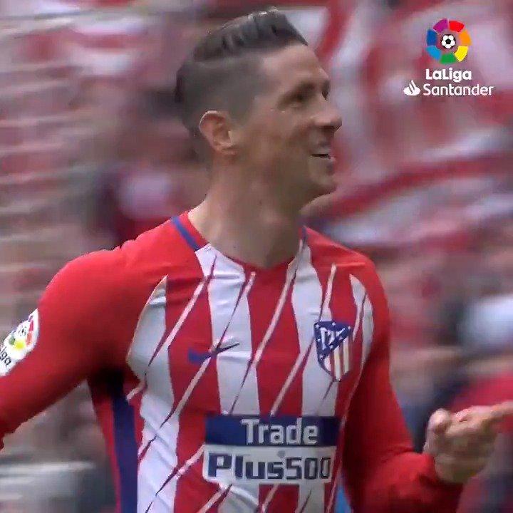 ¡Y El Niño se hizo centenario! ❤ ¡#TalDíaComoHoy, hace un año, @Torres marcaba su gol 💯 en #LaLigaSantander!